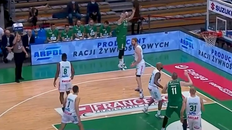 EBL: WKS Śląsk wygrał w Zielonej Górze, trzecie z rzędu zwycięstwo Polpharmy