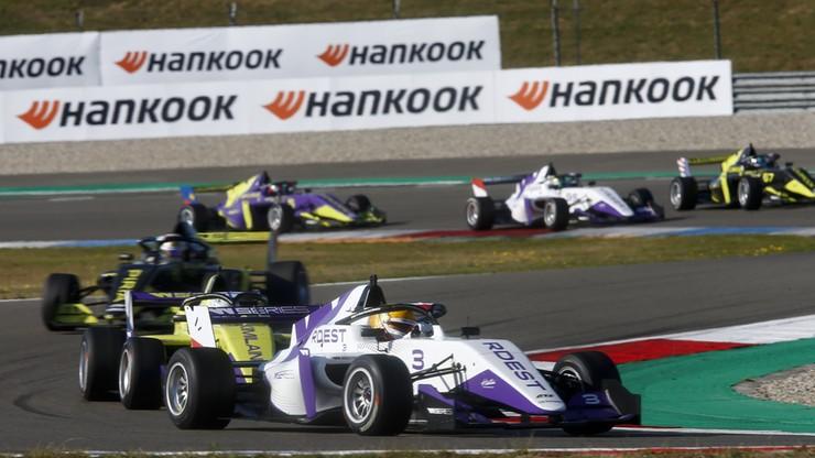W Series: Rdest w ostatnim wyścigu na brytyjskim torze