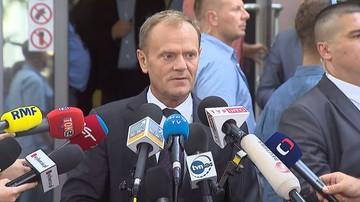 """""""Kaczyński mnie nie przestraszy"""". Donald Tusk po przesłuchaniu w prokuraturze"""