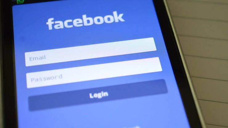 Transmitował na żywo na Facebooku, jak brutalnie bije inną osobę. Otrzymał wyrok w zawieszeniu