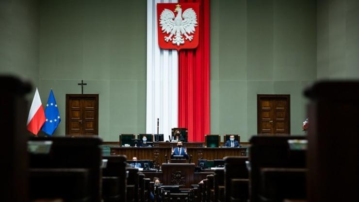 """Projekt ustawy o OFE w Sejmie. """"Rabunek przez duże »r«"""""""