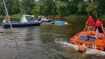 Szkwał przewrócił pięć żaglówek. 15 osób wpadło do wody [ZDJĘCIA]