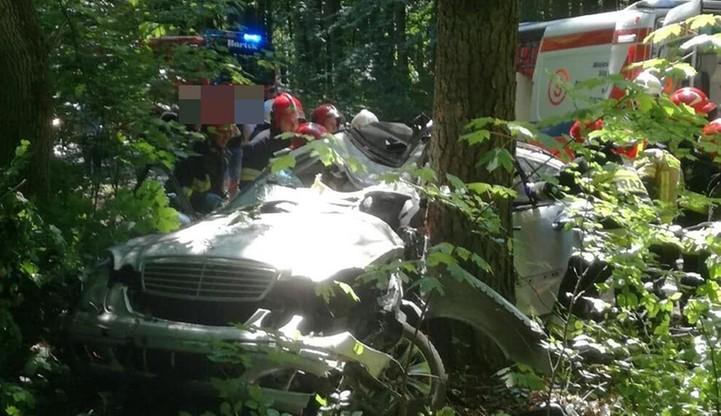 Tragiczny wypadek w pow. kołobrzeskim. Jedna osoba nie żyje, pieć w szpitalach