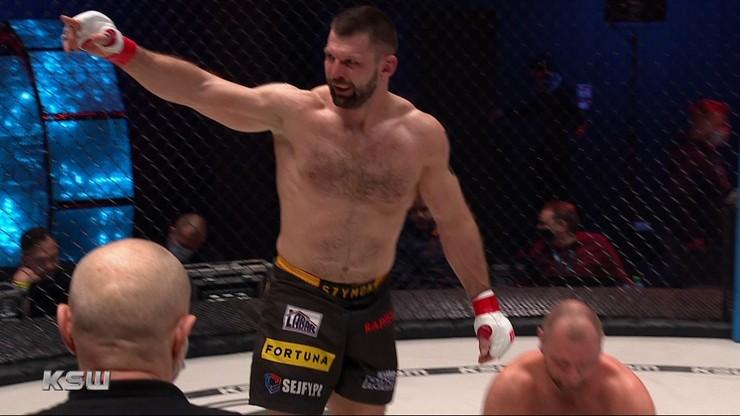 KSW 58: Szymon Kołecki wygrał z Martinem Zawadą (WIDEO)