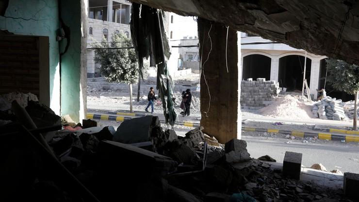 Atak na obóz szkoleniowy w Jemenie. Nie żyje 70 żołnierzy
