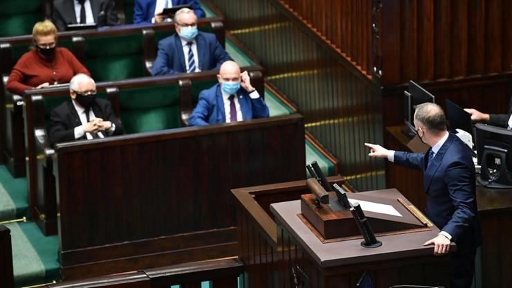 Sondaż IBRIS: duży spadek poparcia dla PiS, pięć partii w Sejmie