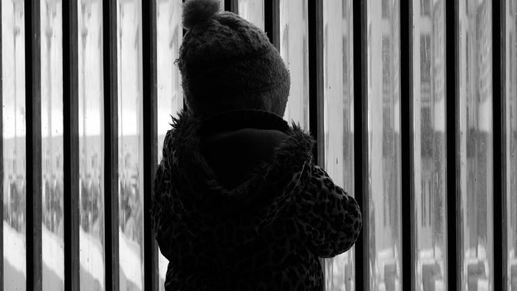 """""""Spiegel"""": Jugendamty w Berlinie oddawały dzieci pod opiekę pedofilom"""