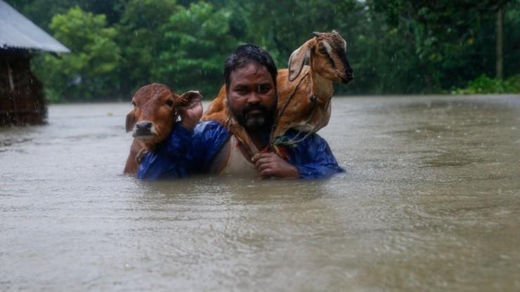 Powodzie i lawiny błotne w Nepalu. Ponad 30 ofiar śmiertelnych