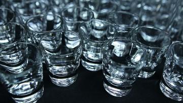 Koreańczyk nie chciał pić na imprezie. Pobili go i okradli
