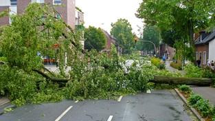 28-07-2021 05:58 Ostatni dzień upałów przyniesie apogeum gwałtownych burz. Możliwe podtopienia, gradobicia i wichury