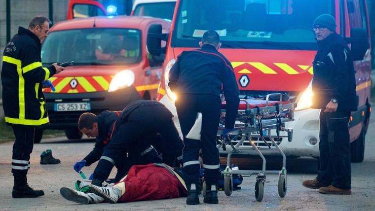 Pięciu imigrantów w stanie krytycznym po strzelaninie w Calais