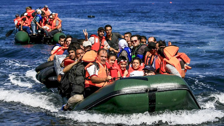 Sondaż: większość Europejczyków, w tym Węgrzy, za solidarnym rozdziałem uchodźców.  Tylko trzy kraje przeciw