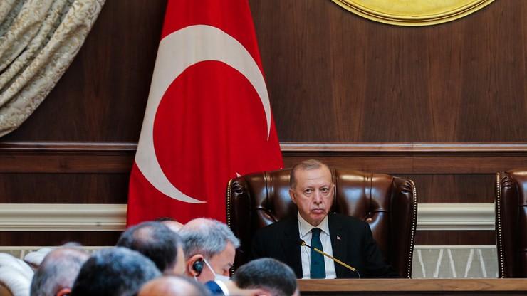 Erdogan zapowiada wydalenie 10 ambasadorów