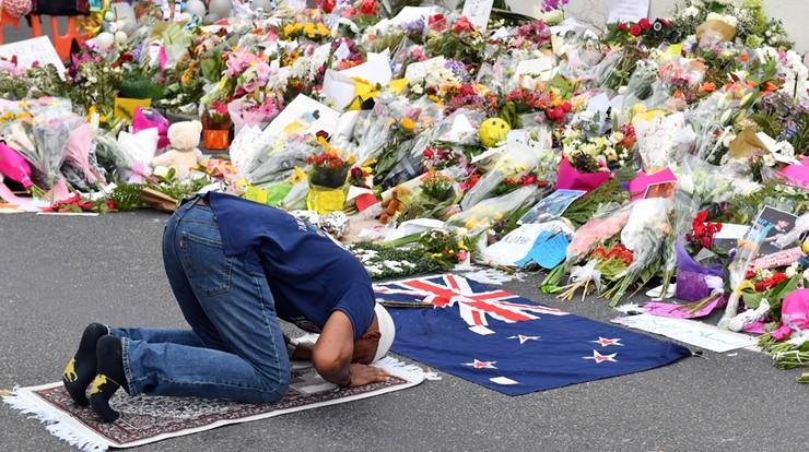 Parlament Nowej Zelandii uczcił pamięć ofiar zamachu. Apel o usunięcie filmu z tej zbrodni