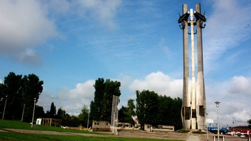 """Wojewoda pomorski uznał za cykliczne organizowane przez """"S"""" obchody 31 sierpnia. Na tym samym placu obchody rocznicy chce zorganizować KOD"""