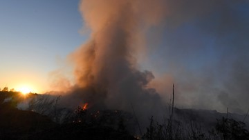 Pożar składowiska odpadów w Łódzkiem. Najprawdopodobniej doszło do podpalenia