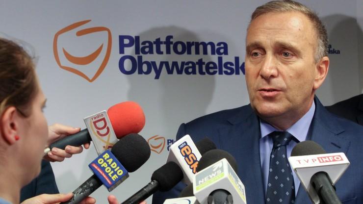 Schetyna: słuchamy Polski lokalnej, chcemy obronić samorząd