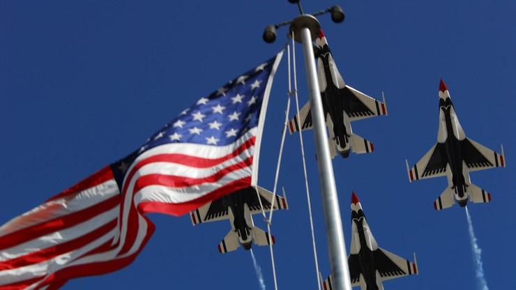 USA: rozbiły się dwa samoloty wojskowe. Zginął jeden z pilotów