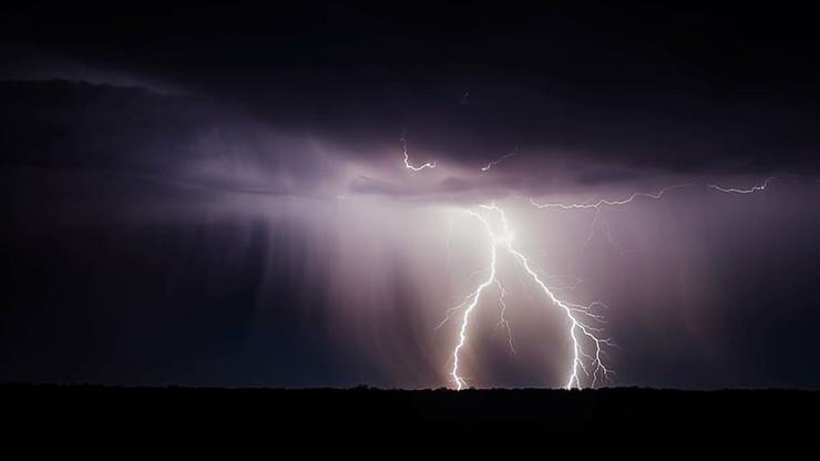 Dziś burze z gradem w całej Polsce. W piątek sytuacja się pogorszy
