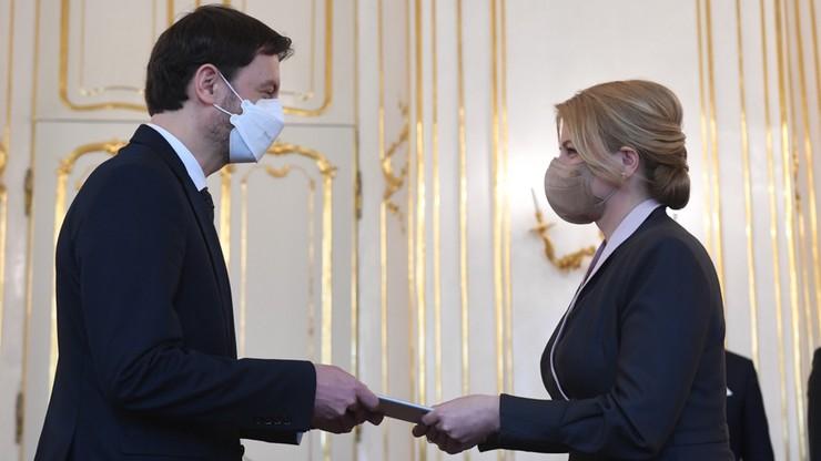 """Nowy rząd na Słowacji. Poprzedni upadł przez """"potajemne sprowadzenie rosyjskiej szczepionki"""""""