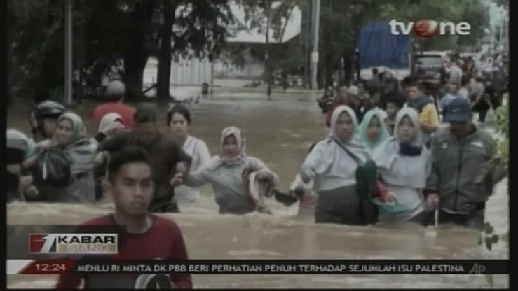 Sześć ofiar śmiertelnych ulew i lawin błotnych w Indonezji