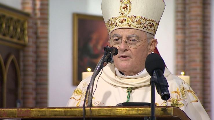 """Arcybiskup Henryk Hoser zakażony koronawirusem. """"Przebywa na oddziale jednego ze szpitali"""""""
