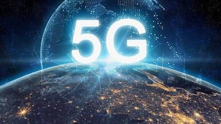 Rząd zorganizował kampanię walczącą z teoriami spiskowymi dotyczącymi sieci 5G