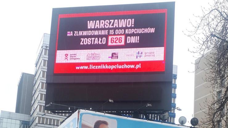 """Uruchomiono licznik """"kopciuchów"""" w Warszawie"""