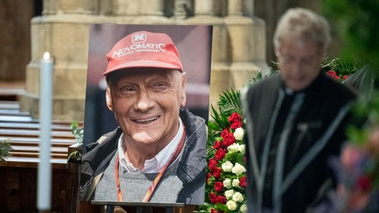 Tysiące osób na pogrzebie Nikiego Laudy