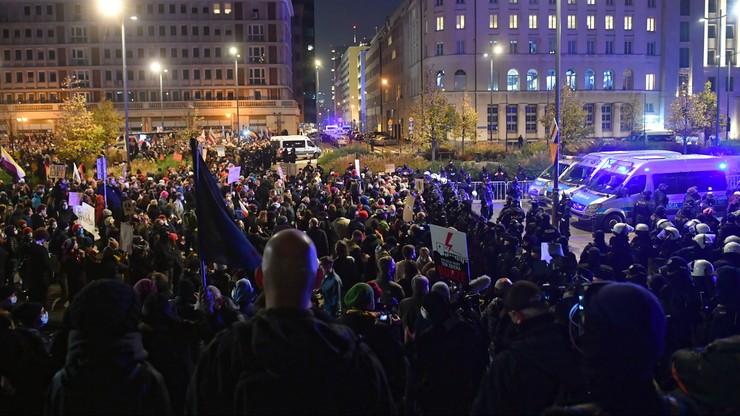 Kantar: 70 proc. Polaków wspiera uliczne protesty Strajku Kobiet