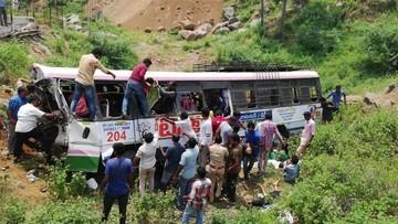 Katastrofa autobusu z pielgrzymami w Indiach. 55 osób zginęło na miejscu