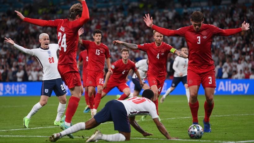 Euro 2020. To nurkowanie przejdzie do historii piłki nożnej jako blamaż VAR!