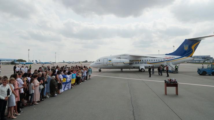 Wymiana więźniów: do Rosji wrócił dowódca uwikłany w zestrzelenie pasażerskiego samolotu nad Ukrainą