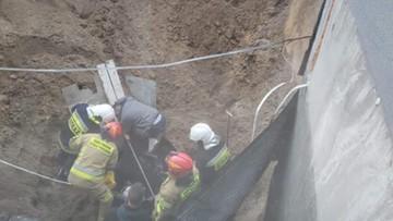 Solec Kujawski: człowiek zasypany na placu budowy