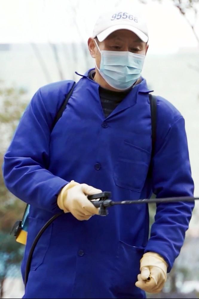 """2020-07-31 """"Covid-19: Walka z wirusem"""" według chińskich naukowców"""