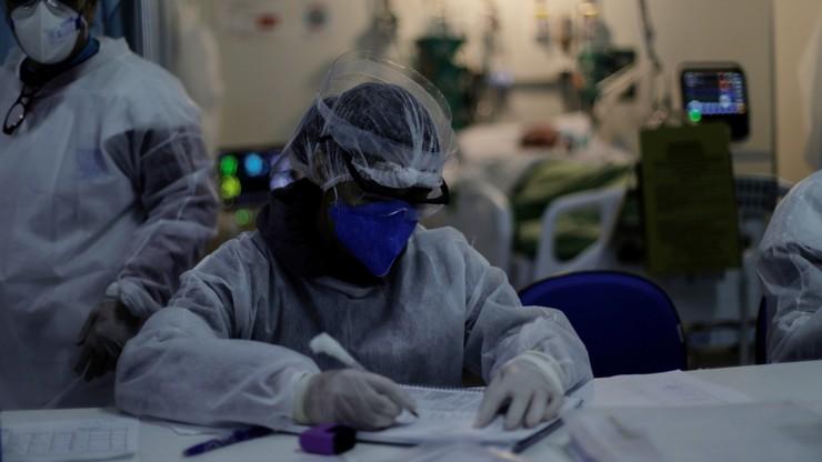 Ponad 800 tys. osób zmarło już na świecie wskutek zakażenia koronawirusem