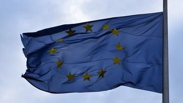 """Zawieszenie unijnych funduszy """"karą"""" dla krajów łamiących praworządność. Jako przykład Polska"""