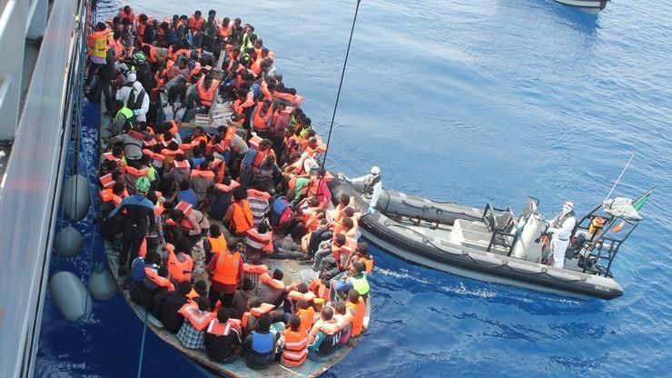 Włochy: rozbito szajkę przemytników imigrantów