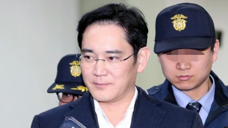 Szef grupy Samsung usłyszy zarzuty w śledztwie korupcyjnym