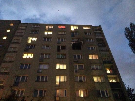 Blok, w którym doszło do pożaru ma 10 pięter.