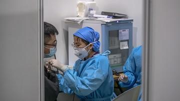 Chiny i WHO krytykowane za brak odpowiedniej reakcji na pandemię