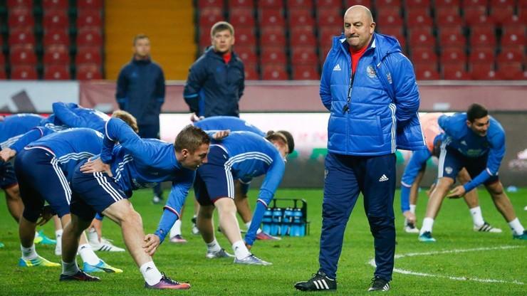 MŚ 2022: Rosyjscy piłkarze mogą wystąpić pod neutralną flagą