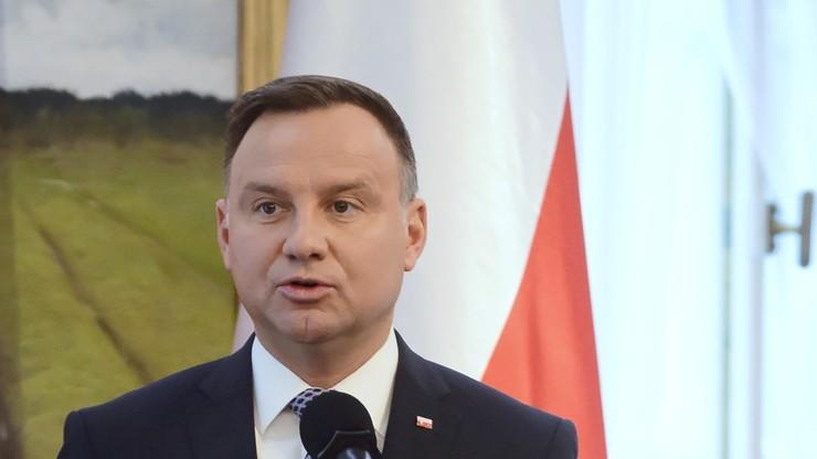Prezydent: uważam za konieczne zarządzenie żałoby narodowej w związku ze śmiercią Olszewskiego
