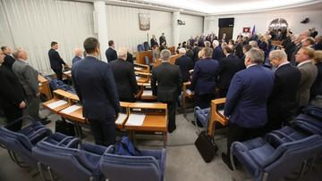 Senatorowie za poprawkami do projektu nowelizacji o zakazie propagowania komunizmu