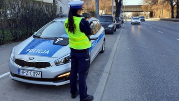 """""""Żniwa"""" w Warszawie. 13,3 tys. sprawdzonych aut, 7,7 tys. mandatów i 2 tys. zatrzymanych praw jazdy"""